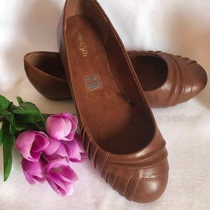 🌹East 5th Woman's shoe, cognac color, flat shoe🌹